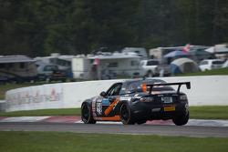 #98 Breathless Racing, Mazda MX-5: Ernie Francis jr.