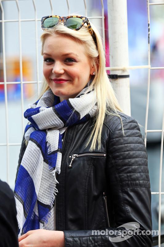 Emilia Pikkarainen, Freundin von Valtteri Bottas, Williams
