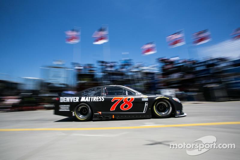 Мартін Труекс мол., Furniture Row Racing Chevrolet