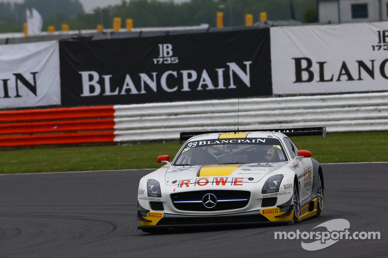 #99 Rowe, Mercedes SLS AMG GT3: Nico Bastian, Klaus Graf, Stef Dusseldorp