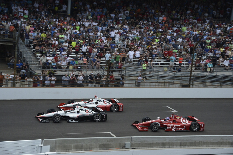 Juan Pablo Montoya, Team Penske Chevrolet, Will Power, Team Penske Chevrolet y Scott Dixon, Chip Ganassi Racing Chevrolet