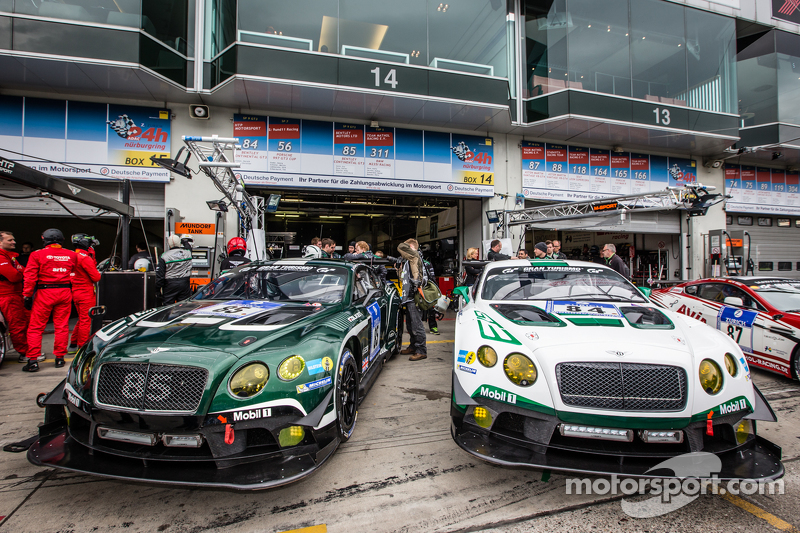 #85 Bentley Team Bentley Continental GT3 та #84 Bentley Team Bentley Continental GT3