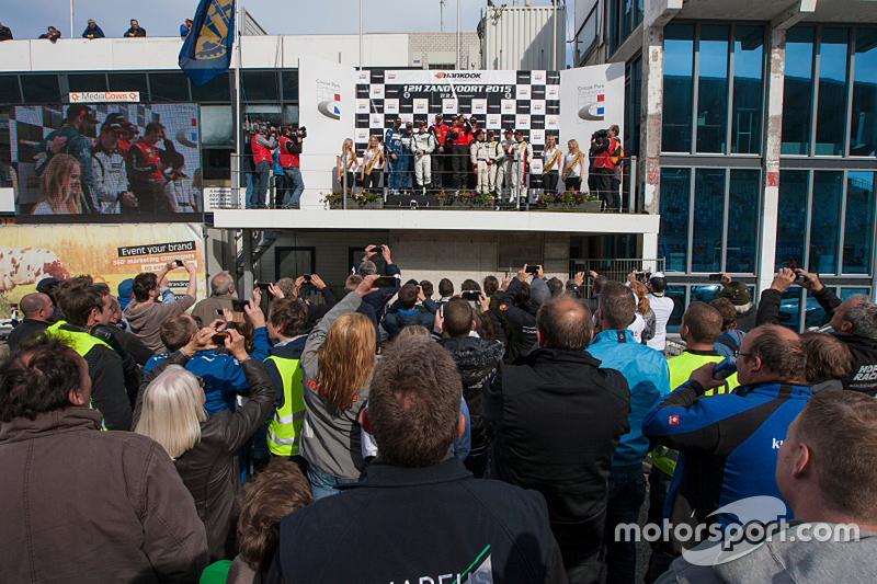 Podium: winners Michael Kroll, Roland Eggimann, Kenneth Heyer, Christiaan Frankenhout, second place
