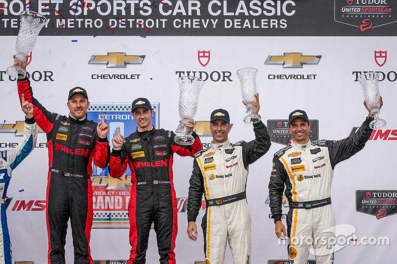 Podium: 1. #31 Action Express Racing, Corvette DP: Eric Curran, Dane Cameron, und 3. #5 Action Expre