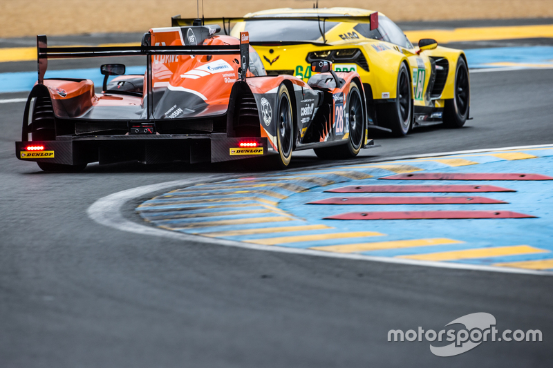#28 G-Drive Racing, Ligier JS P2: Ricardo Gonzalez, Pipo Derani, Gustavo Yacaman
