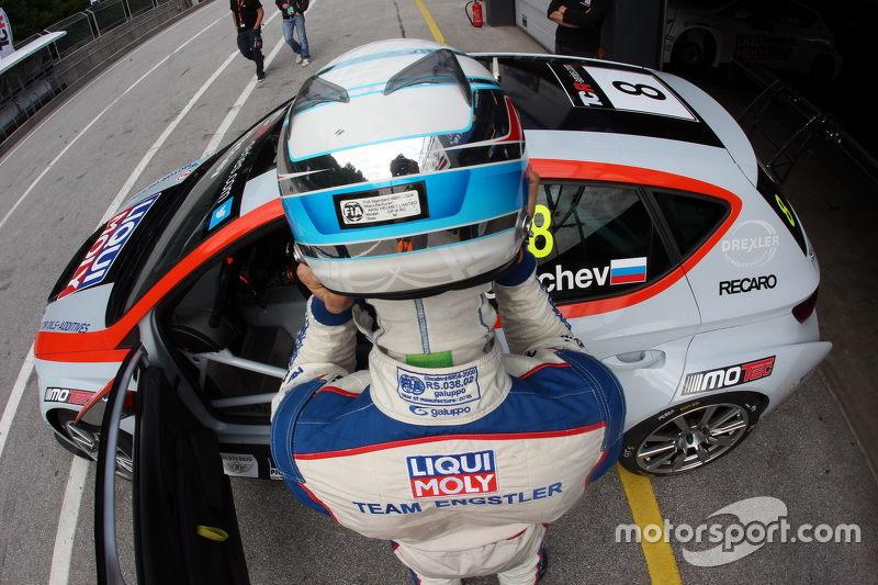 Mikhail Grachev, Audi TT, Liqui Moly Team Engstler