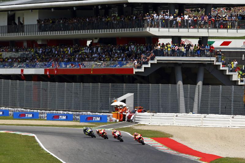 Марк Маркес, Repsol Honda Team та Андреа Янноне, Ducati Team та Дані Педроса, Repsol Honda Team та Валентіно Россі, Yamaha Factory Racing