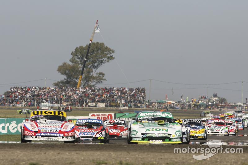 Emiliano Spataro, UR Racing, Dodge, und Juan Manuel Silva, Catalan Magni Motorsport, Ford