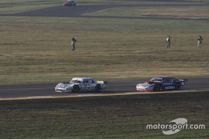 Leonel Sotro, Alifraco Sport, Ford, und Christian Ledesma, Jet Racing, Chevrolet