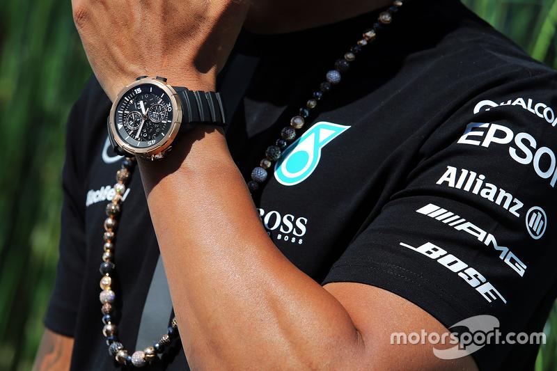 Die Armbanduhr von Lewis Hamilton, Mercedes AMG F1