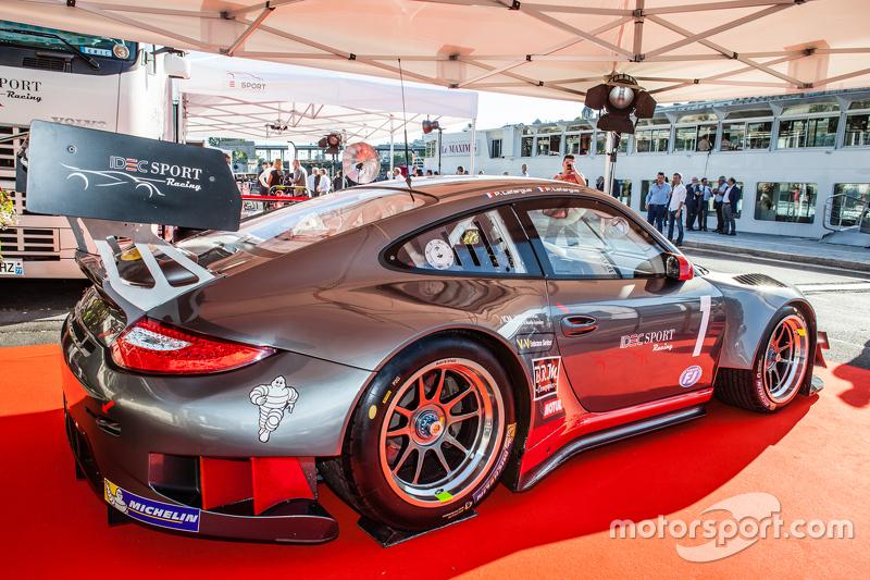 IDEC Sport Racing Porsche 911 GT3-R