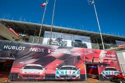 AF Corse im Fahrerlager