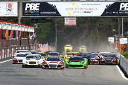 Start: #1 Belgian Audi Club Team WRT Audi R8 LMS Ultra: Robin Frijns, Laurens Vanthoor leads as cars crash in the back