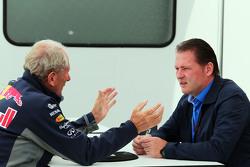 Dr Helmut Marko, Red Bull Motorsport Consultant, met Jos Verstappen