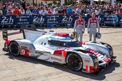 #9 Audi Sport Team Joest Audi R18 e-tron quattro: Рене Раст, Филипе Альбукерк