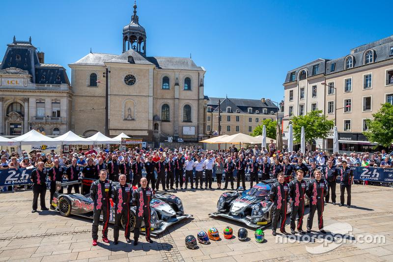 #30 Extreme Speed Motorsports, Ligier JS P2: Scott Sharp, David Heinemeier Hansson, Ryan Dalziel und #31 Extreme Speed Motorsports, Ligier JS P2: Ed Brown, Jon Fogarty, Johannes van Overbeek