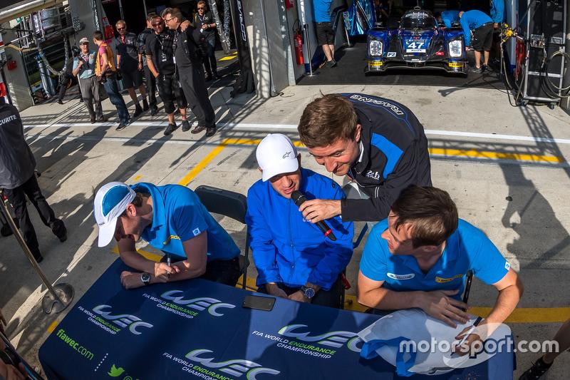 Le-Mans-Ansager Bruno Vandestick mit Nicolas Lapierre, KCMG