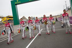 Audi Sport Team Joest: Marcel Fässler, Andre Lotterer, Benoit Tréluyer, Lucas di Grassi,  Oliver Jarvis, Filipe Albuquerque, Marco Bonanomi