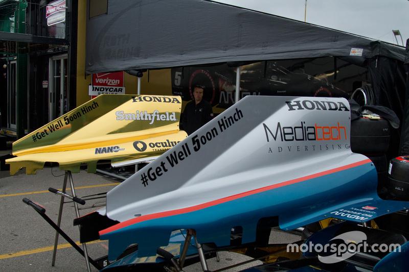 Schmidt Peterson Motorsports team area