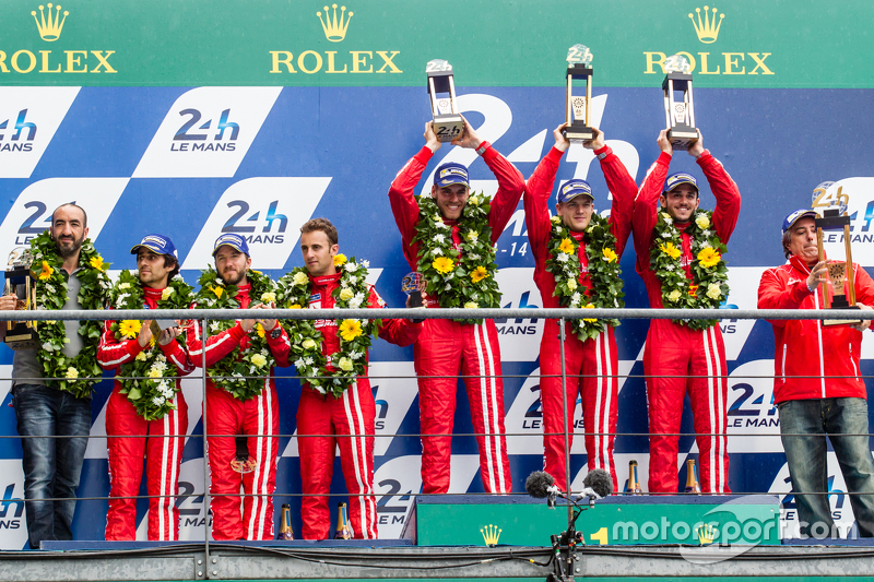 LMP1 privateer podium: classJuara balapan#13 Rebellion Racing Rebellion R-One: Dominik Kraihamer, Daniel Abt, Alexandre Imperatori, peringkat kedua #12 Rebellion Racing Rebellion R-One: Nicolas Prost, Nick Heidfeld, Mathias Beche
