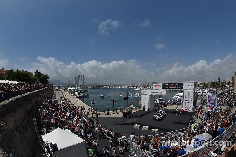 Podium: winners Sébastien Ogier and Julien Ingrassia, Volkswagen Polo WRC, Volkswagen Motorsport, se