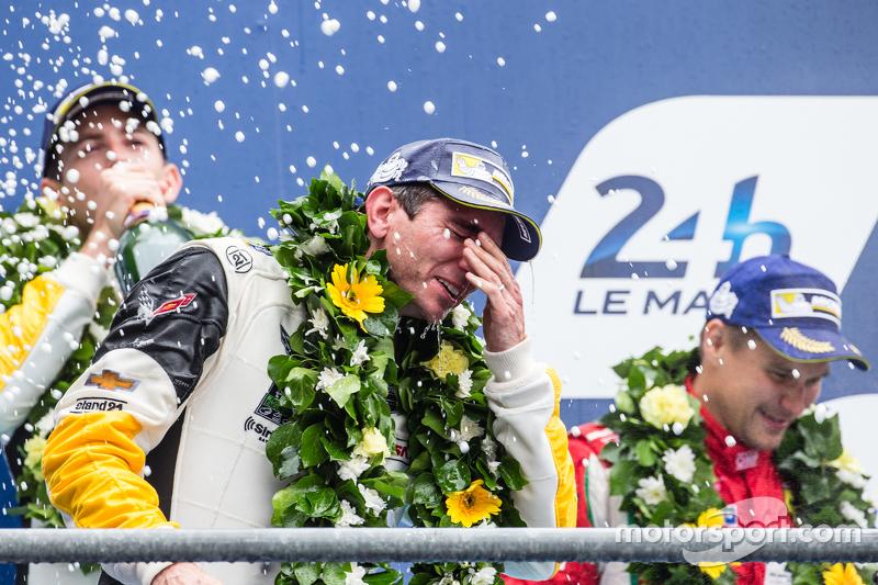 LMGT Pro podium: class winner #64 Corvette Racing Corvette C7.R: Oliver Gavin celebrates with champagne