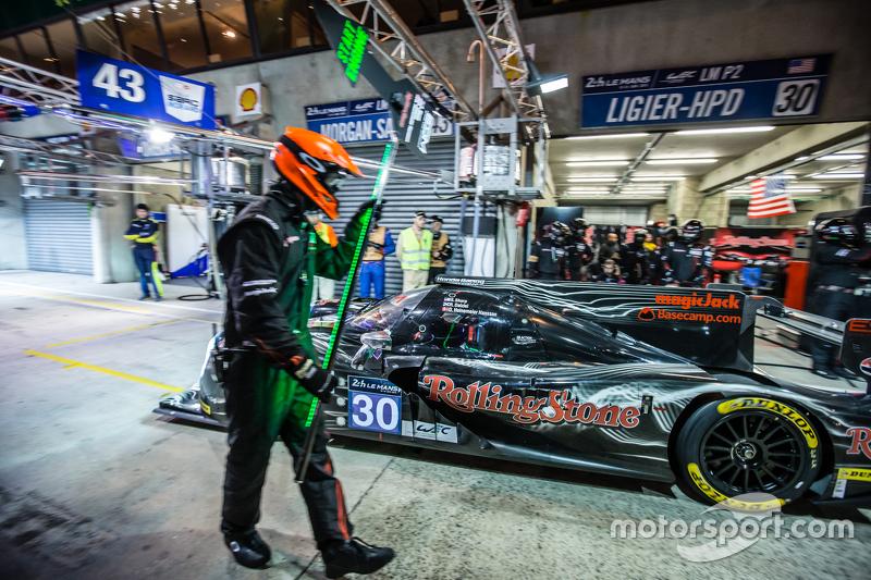 Pit stop for #30 Extreme Speed Motorsports Ligier JS P2: Scott Sharp, David Heinemeier Hansson, Ryan