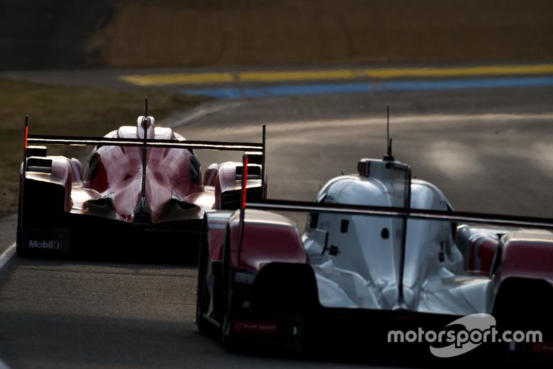 #17 Porsche Team, Porsche 919 Hybrid: Timo Bernhard, Mark Webber, Brendon Hartley, dahinter #7 Audi Sport Team Joest, Audi R18 e-tron quattro: Marcel Fässler, André Lotterer, Benoit Tréluyer