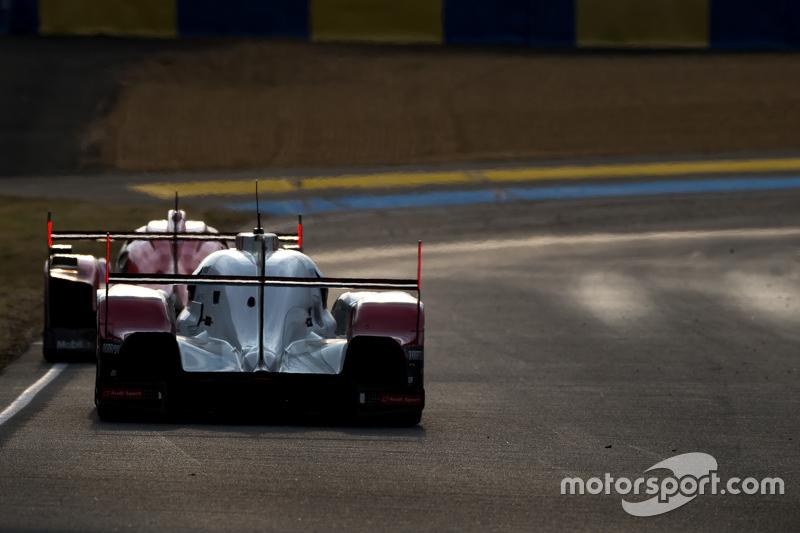 #17 Porsche Team, Porsche 919 Hybrid: Timo Bernhard, Mark Webber, Brendon Hartley, dahinter #7 Audi