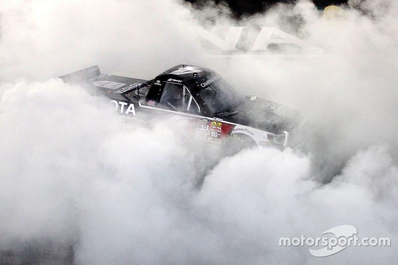 Race winner Erik Jones, Kyle Busch Motorsports Toyota celebrates