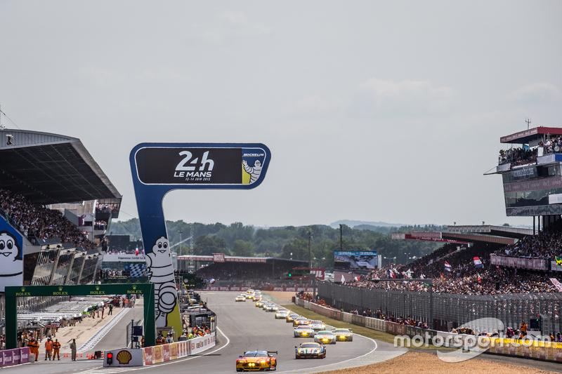 Start: #99 Aston Martin Racing, V8 Aston Martin Vantage GTE: Fernando Rees, Alex MacDowall, Richie Stanaway