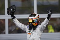 Победитель гонки - Стоффель Вандорн, ART Grand Prix