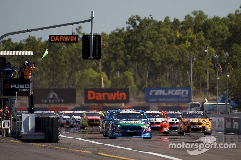 Start: Chaz Mostert, Prodrive Racing Australia, Ford