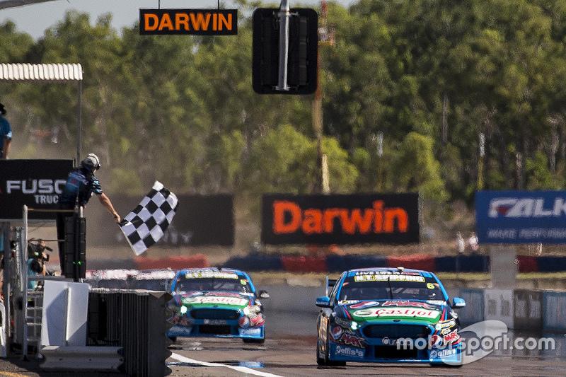 Chaz Mostert, Prodrive Racing Australia Ford mengambil kemenangan