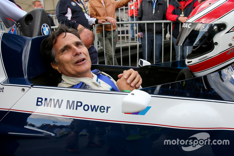 Nelson Piquet, di Brabham BT52 di Legends Parade