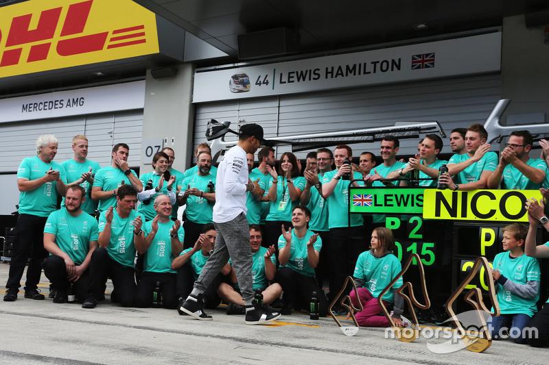 Lewis Hamilton, Mercedes AMG F1 celebrates a 1-2 finish with the team