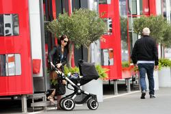 Minttu Virtanen, girlfriend of Kimi Raikkonen, Ferrari, bersama a pushchair