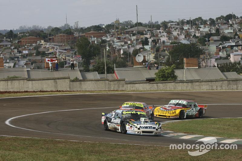 Diego de Carlo, JC Competicion, Chevrolet; Jonatan Castellano, Castellano Power Team, Dodge, und Nicolas Bonelli, Bonelli Competicion, Ford