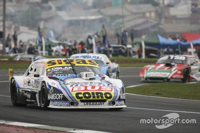 Маурісіо Ламбіріс, Coiro Dole Racing Torino та Мартін Понте, RUS Nero53 Racing Dodge та Жозе Мануель Уркера, JP Racing Torino