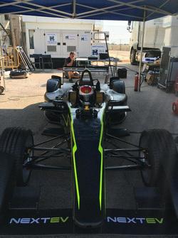 pruebas del nuevo auto del Team China Racing