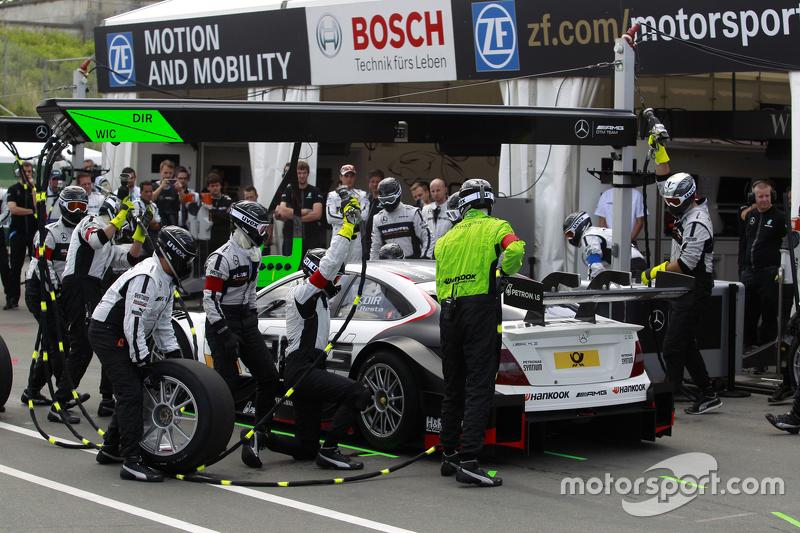 Boxenstopp für Paul di Resta, HWA AG, Mercedes-AMG C63 DTM