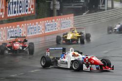2 Джейк Деннис, Prema Powerteam Dallara Mercedes-Benz