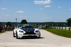 #34 Capaldi Racing, Aston Martin Vantage GT4: Nick Esayian