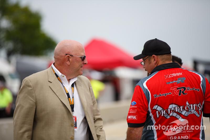 Scott Bove Presiden/CEO Pirelli World Challenge