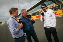 Саймон Лазенбі, Sky Sports F1 TV Коментатор з Мартін Брандл, Sky Sports Коментатор та Фернандо Алонс