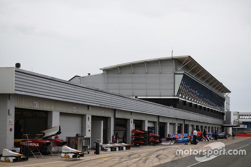 GP2 pit lane