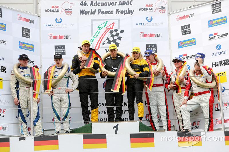 Podium: 1. Felipe Laser, Michaela Cerruti, Felipe Laser; 2. Peter Dumbreck, Alexandré Imperatori; 3.