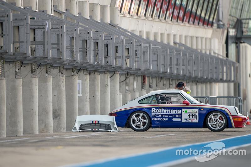 Rothmans Porsche in the pits