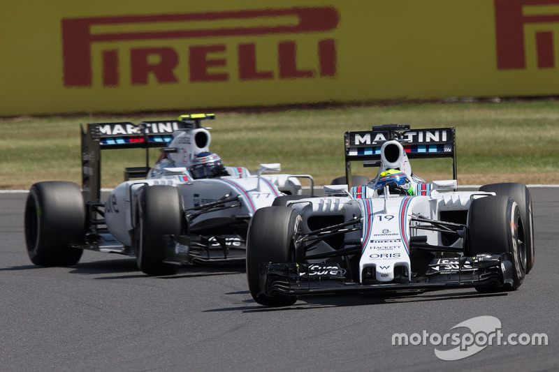 Felipe Massa, Williams FW37 à frente do companheiro de equipe Valtteri Bottas, Williams FW37