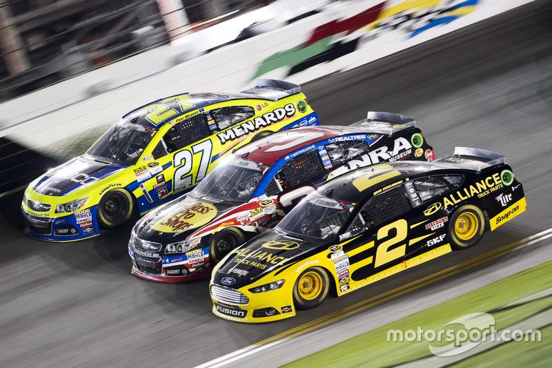 Paul Menard, Richard Childress Racing, Chevrolet; Austin Dillon, Richard Childress Racing, Chevrolet